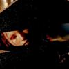 arevhat: (peeking sikozu)