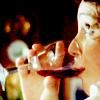 lady_bols: (s1 drinking)