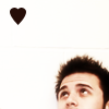 pensnest: Kris Allen at bottom of frame looking up at heart shape. (Kris tiny heart)