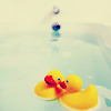 clonechild: rubber duckies (::conform to stereotypes::)