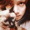 skylined: (heechul ♔ kitty!)
