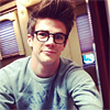 theundapperone: (Bad hair day (Glasses))