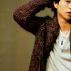 sasurai: (Arashi // Sho // Hanako)