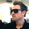 beatboxwarbler: (Sunnies // Working it)