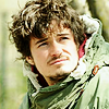 forgottenmotley: (green scarf)