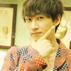 thor: (SUJU ★ Hyukjae is POSING. That poser.)