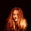snapsback: (In the dark - looking down)