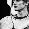 dlwnsghek: (Arthur)