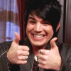 furorscribiendi: Adam Lambert (thumbs up)