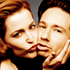 ext_441737: (scully/mulder)