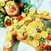 kumquatix: Smiling human platter (kink bingo)