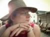 jessie_c: Me in my floppy hat (Default)