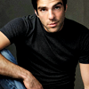 andie_quinto: (Zachary Quinto)