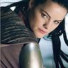 battlemaiden: (over the shoulder)