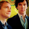 knityourowndalek: Sherlock side-eyes John (glance)