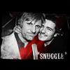 salutethepeople: (Snuggles; Viggo & Orli)