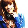 frozenrose: she better be listening to berryz koubou (NATSUYAKI MIYABI :: headphone girl)