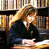 fairytalesandnonsense: (hermione)