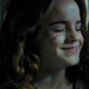 alt_hermione: Hermione, smiling through her tears. (smile through tears)