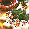 lunadelcorvo: (Xmas-Making Cookies!)