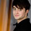 hogwartsboy: (side view smirk)