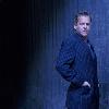 adriengriffon: (B - Blue Suit)