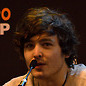 jelazakazone: Alexander Vlahos in front of a mic (Alex in front of mic)