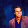 capn_mactastic: Bruce smiling, blue background (Bruce - smile)