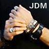 beelikej: (JDM-hands)
