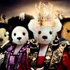 shati: TEDDY BEAR version of the queen seondeok group photo. ([seondeok] the head that bears the crown)