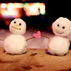 lar_laughs: (Winter Snowman love)