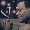 yvi: Teal'c smiling with a heart-shape next to him (Stargate - Teal'c Love)