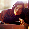 glassalice: woman listening to music (music)
