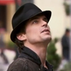 ysobel: Neal, looking up (white collar - neal neck)