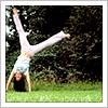 meredith_shayne: (handstand)