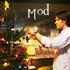 kate: Sam decorating the tree (SPN: Holidays in the Bunker mod - Sam)