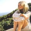 freeling: (sitting on a hill)