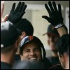 owlmoose: photo of MLB shortstop Omar Vizquel (baseball - omar high-five)