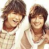 highways: [Jiro Wang and Aaron Yan, two members of the Taiwanese band Fahrenheit.] (飛輪海 ☌ 大東跟亞綸)