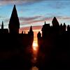 lovethisgeek: Hogwarts silhouette (harry potter, hogwarts)