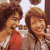 sumo_mona: (Arashi - JunBa laughing)
