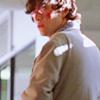 themis: Brendan Frye (Joseph Gordon Levitt in Brick) (f: you are a runner & I am...)