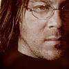 phantisma: (Chris close up)