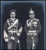 halialkers: Tsar Nicholas II and Kaiser Wilhelm II wearing each others' outfits (Ezazaea)