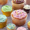 valynn: Cupcakes (Sweet)