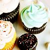 articia: (cupcakes)