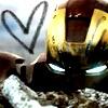 karriezai: (crashed love)