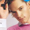 impersona: (Julian pretty in pink)