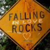 la_luna_llena: (falling in love rocks)