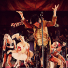porphyrophobiac: (circus!bren)